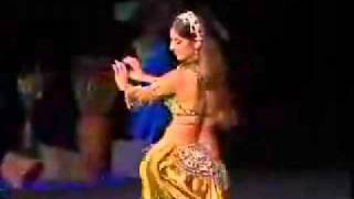 belly dance by a sexy arab girl.flv