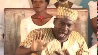 AIC Arusha Choir - Nani Aliyenigusa?