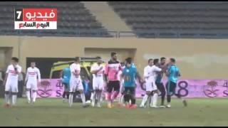 بالفيديو.. رمضان ربيع يشتبك مع لاعبى الزمالك بعد طرده