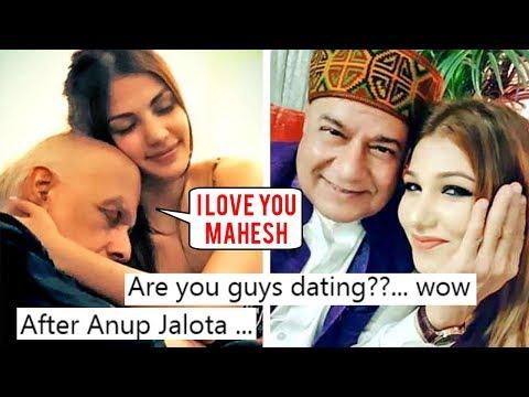 Xxx Mp4 Alia Bhatt's Father Mahesh Bhatt SLAMMED For Cosy Pictures With Rhea Chakraborty 3gp Sex
