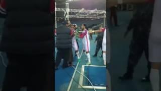 مضاربة في الدوري الكويتي في مباراة العربي و الكويت !