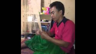 Kerajinan tangan membuat jala ikan