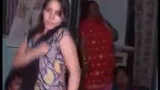 Hot grils dance