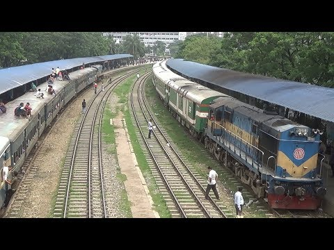 Crossing between Sirajgang Express & Titash Commuter Train of Bangladesh Railway