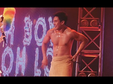 Xxx Mp4 Hilarious New Comedy Skit Of Tekla And Donita Nose With Naked Jak Roberto 3gp Sex