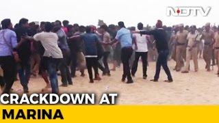 Jallikattu Protestors Push Back, Defy Police Orders To Leave Chennai Beach