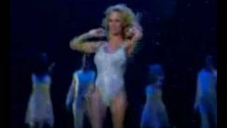 Pamela Anderson: Performs in Vegas, Talks Borat & her Family