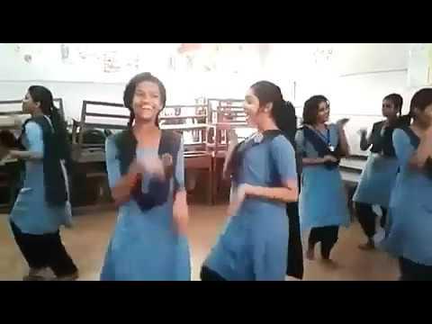 Xxx Mp4 Kerala School Girls Dance India Kerala School Girls Dancing Video Do Watch It 3gp Sex