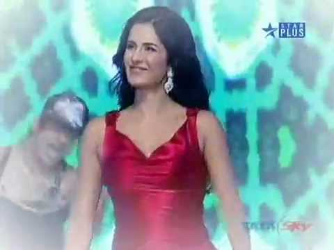 Katrina Kaif & Arjun Rampal at 15th Screen awards