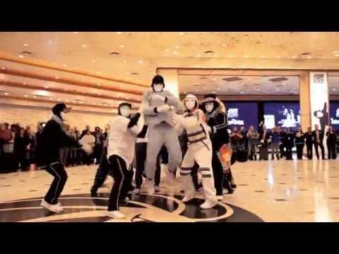 Jabbawockeez Uptown Funk Flashmob at MGM Grand Hotel & Casino
