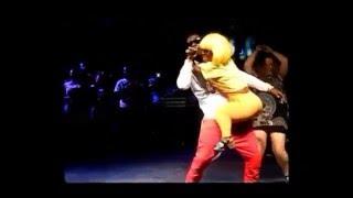 shatta wale gives adwoa smart a lapdance on stage