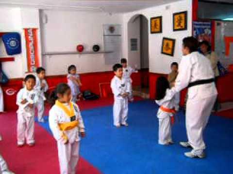Taekwondo Chew Kuan clases de 3 a 5 años