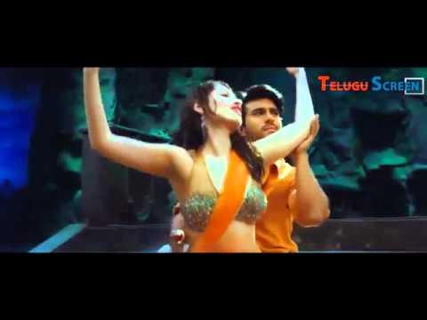 Xxx Mp4 Ramcharan And Tamanna Vada Vada Vellaipuvve Hot Full Song Fr 3gp Sex