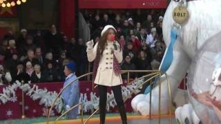 Miley Cyrus - I Thought I Lost You - Thanksgiving Day Parade 2008