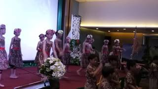 Moana Dance by Primary 3students with Hannah