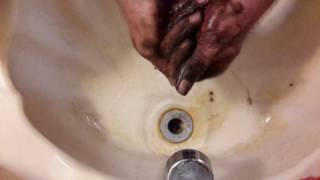 Easy way to clean grease, oil and dirt off hands