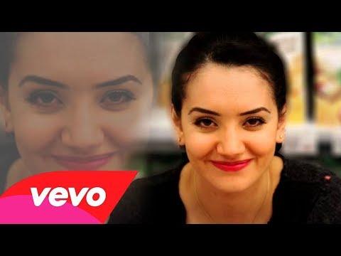 Les plus belles actrices algeriennes 2014 Bouchra Okbi