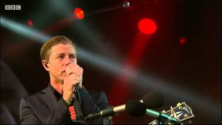 02  Evil  Interpol Glastonbury 2014