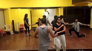 Aaj Se Teri     PADMAN     Nitin Mak Choreography