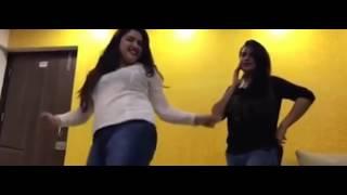 AMARPALI DUBEY AND AKSHARA SINGH HOLI SONG 2017