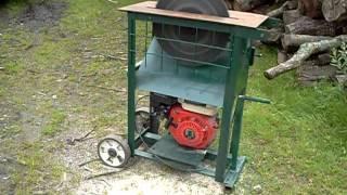 Circular saw bench with 15