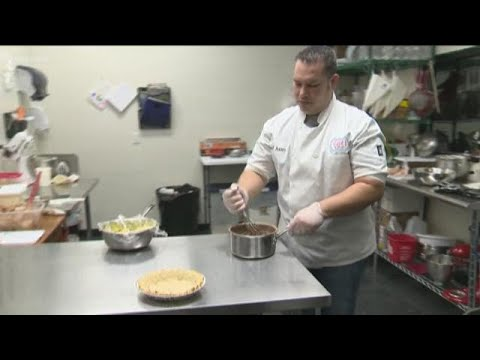 Xxx Mp4 Pflugerville Baker To Appear On Food Network 3gp Sex