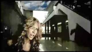 Aylin Mujica - CHIQUI (music video)