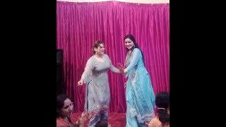 Dr aima khan hot mujra sexy stage dance Multani