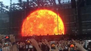 Video, Vasco Rossi al Modena Park: l'alba del concerto
