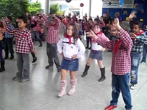 Giovanna dança meteoro da paixão