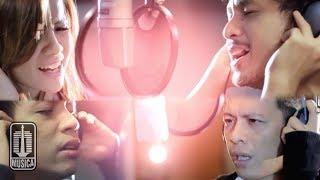 D'MASIV Featuring Ariel, Giring, Momo - Esok Kan Bahagia (Official Video)