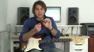 Cómo cambiar las cuerdas a una guitarra eléctrica -  Miguel Rivera