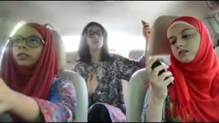 Pakistan girl dance in car