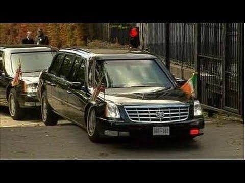Obama s Beast Cadillac Limo stuck on ramp speed bump