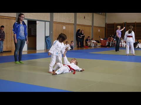 Xxx Mp4 Two Little Cute Girls Playing Judo And Fighting Against Each Other Funny Way How To Fight 3gp Sex