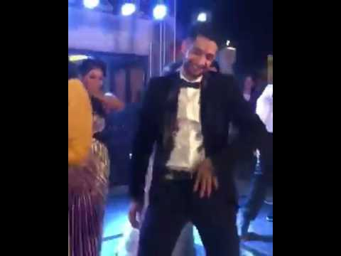 Rupin Pahwa dancing on Nashe so Chad gayi