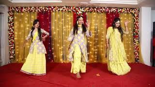 11 - Tu Cheez Badi -  Orpita, Priya, Reshmi & Nishat Bangladeshi Wedding Dance Performance