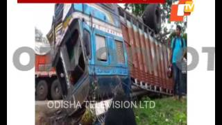 4 dead, 2 injured as truck hits Bolero over NH 55 in Dhenkanal