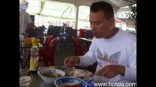 mr.hotsia eat local Vi Thanh food(ต้มยำหัวปลา)