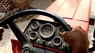 How to drive Indian Tractor (With Controls Explained) (Hindi) (1080p HD)