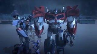 Transformers: Prime: Optimus Prime vs Predaking