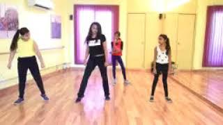 Ladki beautiful kar gayee chull dance DK