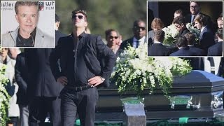Robin Thicke Breaks Down At Father