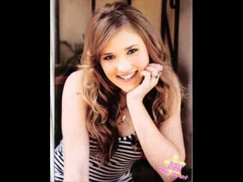 TOP 26 Chicas mas hermosas de disney nickelodeon y otros