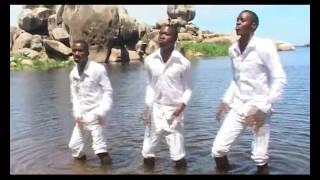 Berachah Entertainment - Sisi Sote by Mr White aka Elisha Samo: Sekunde sio Dakika Album