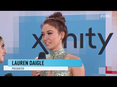Lauren Daigle Red Carpet Interview - AMAs 2018