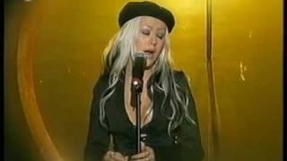 Christina Aguilera - Beautiful - live (HQ)
