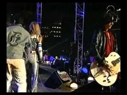 Britney Spears -  Walk this way ft  Nsync & Aerosmith Super Bowl 2001