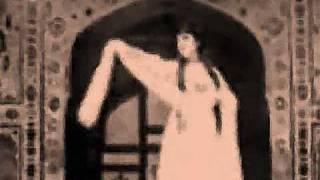 nigahen mila kar badal jane waale..madam noor jehan- original sound  track
