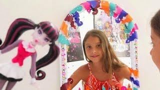 Monster High Drakulaura oyunları. Polen aynayı süslüyor. #Kızoyunları